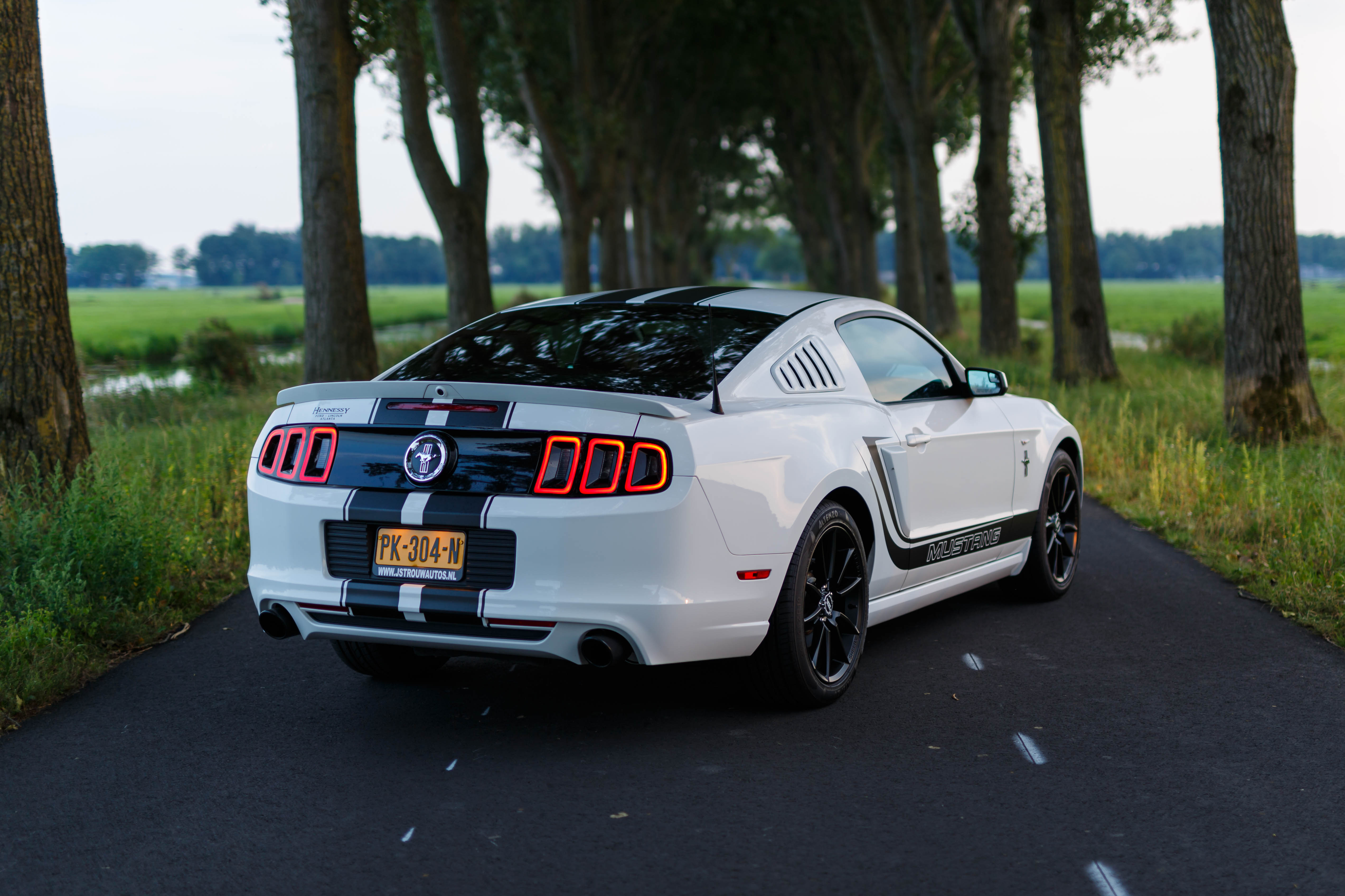 Ford-Mustang-coupe trouwauto