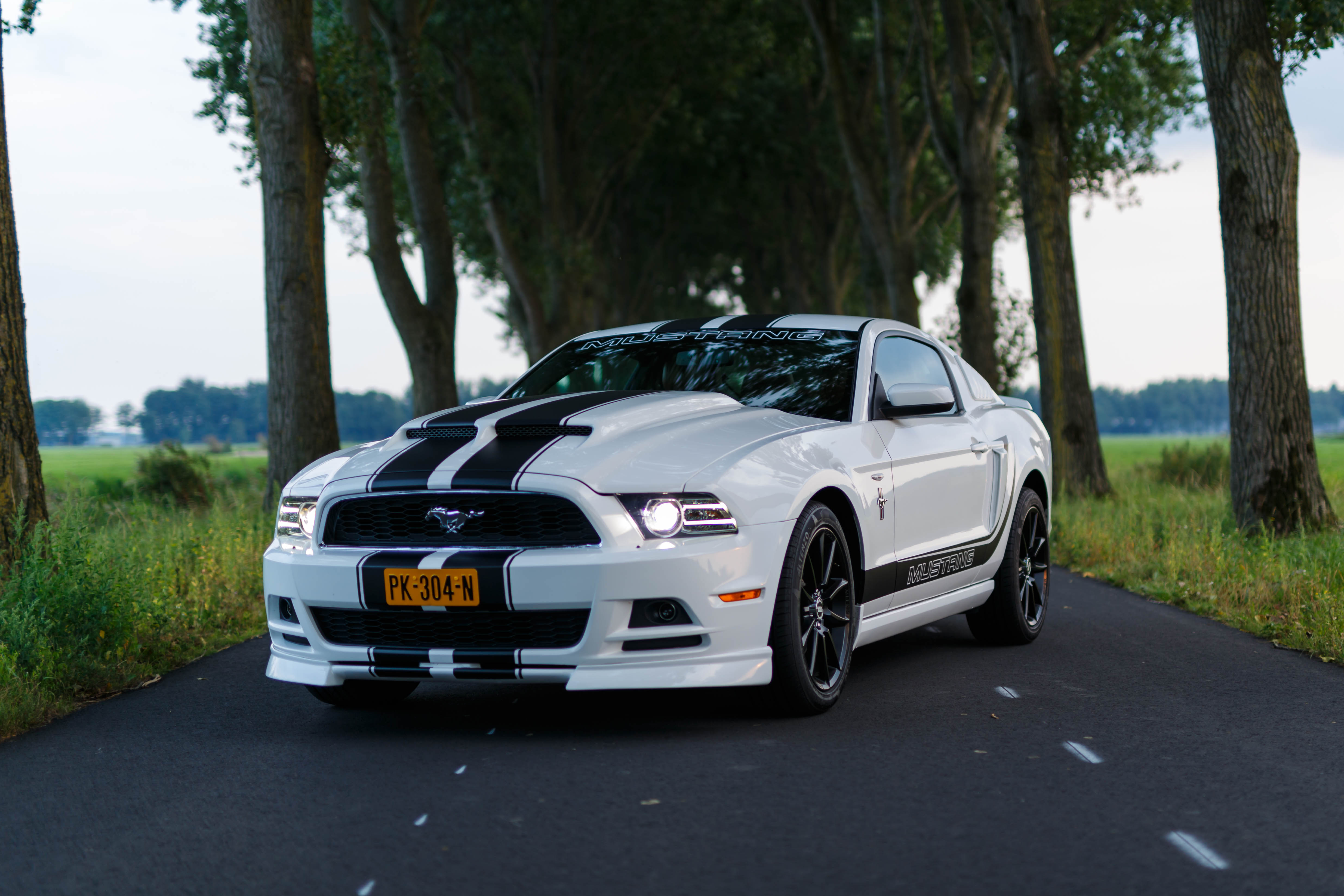 Ford Mustang coupe huren
